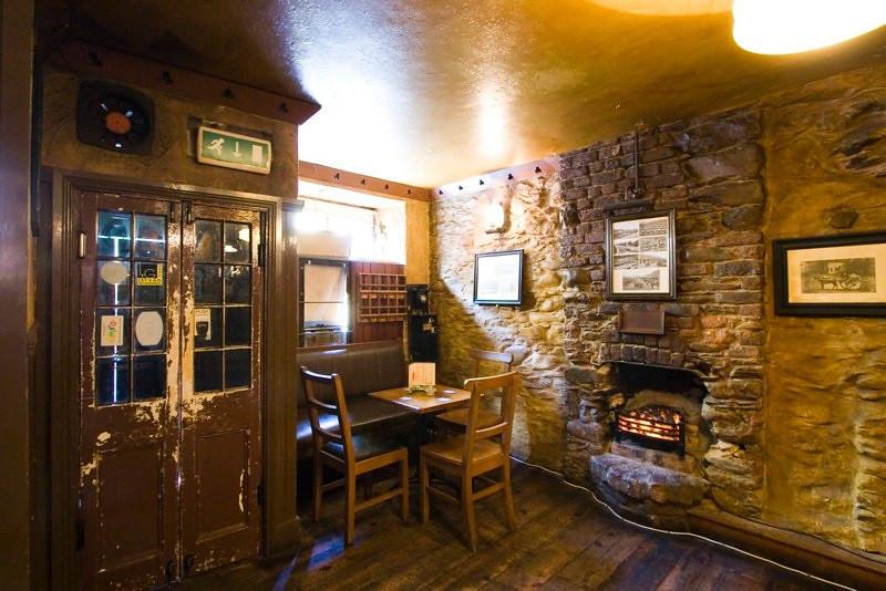 Courtney's Bar