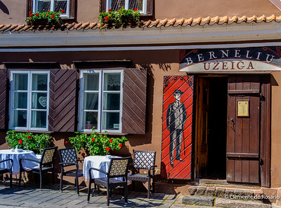 Berneliu Uzeiga serving traditional Lithuania dishes in Old Town Kuanas