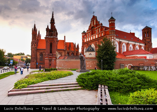 Europe - Lithuania - Lietuva - Vilnius - Old Town - UNESCO World Heritage Site - Vilniaus senamiestis - One of the largest surviving medieval old towns in Northern Europe - St. Anne's Church - Šv. Onos bažnyčia - Roman Catholic church & prominent example of Flamboyant Gothic and Brick Gothic styles