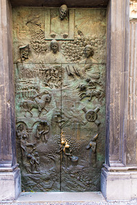 Doors on St. Nicholas Church portrays the history of Slovenia.
