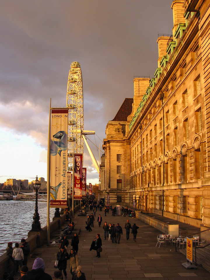 County Hall and London Eye at sunset.