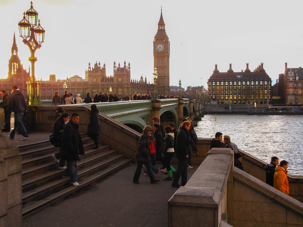 Windsor Bridge, Parliament, Big Ben, and the Themes at sunset.