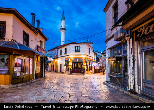Europe - Macedonia - Skopje - Скопје - Historical City Center - Old Bazaar - Стара чаршија - Stara čaršija - One of oldest & largest marketplaces in Balkans, Skopje's centre for trade & commerce since at least 12th century - Mix of Ottoman & Byzantine architecture - Murat Pasha Mosque - Мурат Пашина Џамија
