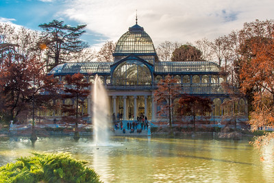 Another angle of the Palacio de Cristal