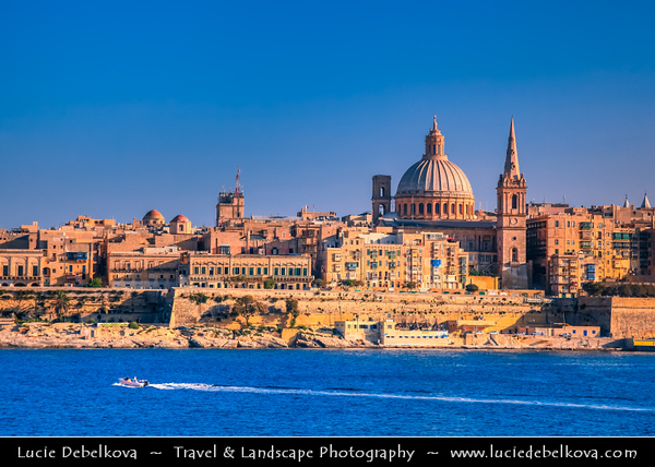 Southern Europe - Malta - Repubblika ta' Malta - Maltese archipelago in the Mediterranean Sea - Valletta - Capital city of Malta - Il-Belt - UNESCO World Heritage Site - Fort St Angelo - Large fortification in Birgu, at the centre of Grand Harbour of Valletta & St Paul's Anglican Pro-Cathedral