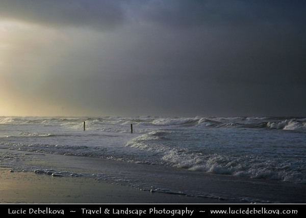 Netherlands - Vlieland Island - West Frisian Island in Wadden Sea - Stormy Evening on Shores of North Sea - UNESCO World Heritage Site <br /> <br /> Camera Model: NIKON D70; Lens: 18.00 - 70.00 mm f/3.5 - 4.5; Focal length: 70.00 mm; Aperture: 9.0; Exposure time: 1/320 s; ISO: 250