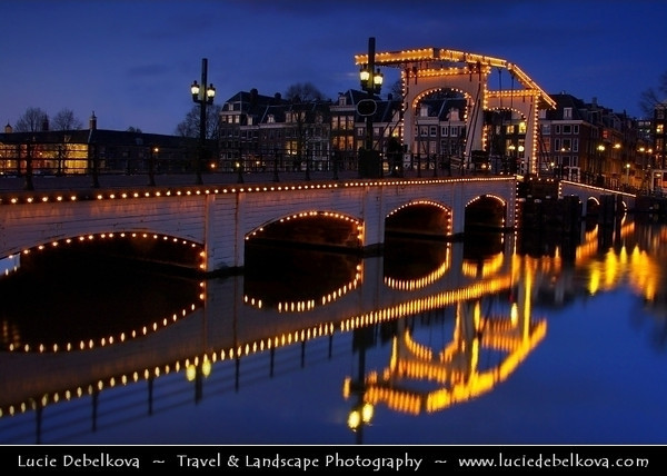 Netherlands - Amsterdam - Capital and largest city of the Netherlands - The 17th-century canals of Amsterdam - Grachtengordel - UNESCO World Heritage <br /> <br /> Camera Model: PENTAX K20D        ; ; Focal length: 20.63 mm; Aperture: 13; Exposure time: 20.0 s; ISO: 200