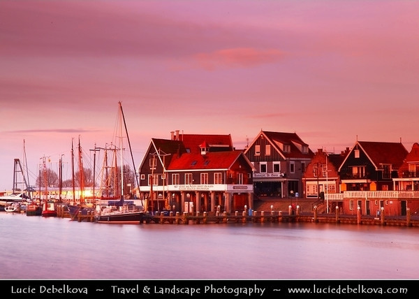 Netherlands - Volendam - Popular tourist attraction in the Netherlands, well-known for its old fishing boats and the traditional clothing still worn by some residents <br /> <br /> Camera Model: Canon EOS 5D Mark II; Lens: 24.00 - 105.00 mm; Focal length: 88.00 mm; Aperture: 22; Exposure time: 15.0 s; ISO: 50