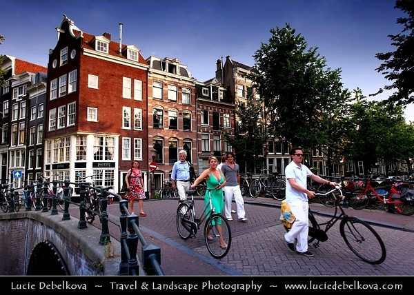 Netherlands - Amsterdam - Capital and largest city of the Netherlands - The 17th-century canals of Amsterdam - Grachtengordel - UNESCO World Heritage <br /> <br /> Camera Model: Canon EOS 5D Mark II; Lens: 17.00 - 40.00 mm; Focal length: 24.00 mm; Aperture: 5.0; Exposure time: 1/50 s; ISO: 100
