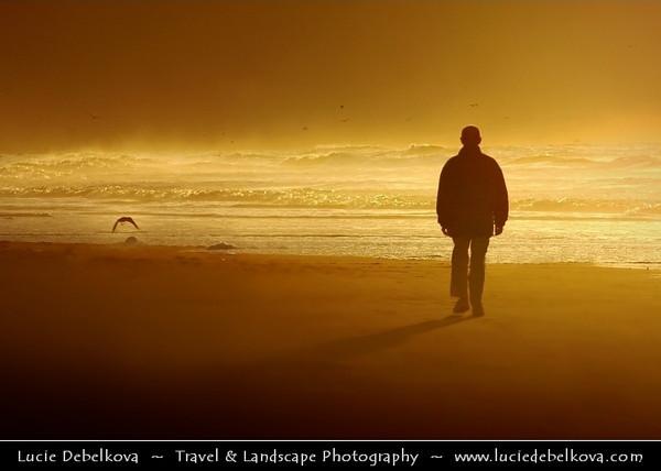 Netherlands - Sunset Time at Rijksdorp Beach near Wassenaar in Zuid-Holland <br /> <br /> Camera Model: NIKON D70; Lens: 72.00 - 210.00 mm f/2.8; Focal length: 210.00 mm; Aperture: 8.0; Exposure time: 1/1000 s; ISO: 250