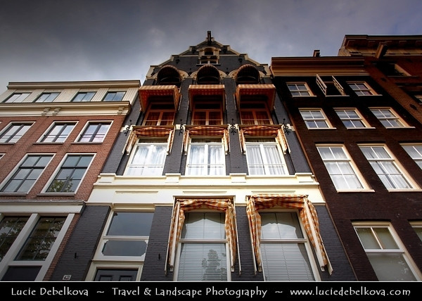 Netherlands - Amsterdam - Capital and largest city of the Netherlands - The 17th-century canals of Amsterdam - Grachtengordel - UNESCO World Heritage <br /> <br /> Camera Model: Canon EOS 5D Mark II; Lens: 17.00 - 40.00 mm; Focal length: 21.00 mm; Aperture: 4.5; Exposure time: 1/50 s; ISO: 100