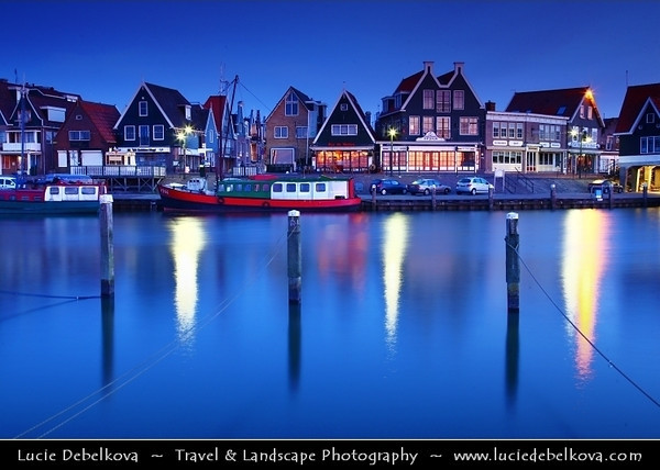 Netherlands - Volendam - Popular tourist attraction in the Netherlands, well-known for its old fishing boats and the traditional clothing still worn by some residents <br /> <br /> Camera Model: Canon EOS 5D Mark II; Lens: 24.00 - 105.00 mm; Focal length: 45.00 mm; Aperture: 13; Exposure time: 32.0 s; ISO: 100