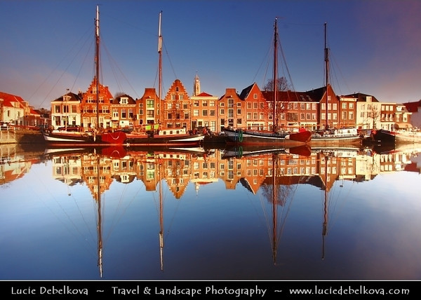 Netherlands - Haarlem - Historical center of the tulip bulb-growing district for centuries - Bloemenstad - Flower city - Soft Morning Light at canals on river Spaarne <br /> <br /> Camera Model: Canon EOS 5D Mark II; Lens: 17.00 - 40.00 mm; Focal length: 17.00 mm; Aperture: 4.5; Exposure time: 1/60 s; ISO: 100