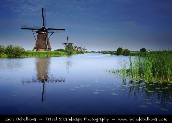 Netherlands - Kinderdijk - System of 19 windmills built around 1740 situated in a polder at the confluence of the Lek and Noord rivers - Largest concentration of old windmills in the Netherlands - UNESCO World Heritage Site <br /> <br /> Camera Model: Canon EOS 5D Mark II; Lens: 28.00 - 300.00 mm; Focal length: 35.00 mm; Aperture: 8.0; Exposure time: 1/160 s; ISO: 200