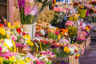 Friday afternoon flower market in Nice.