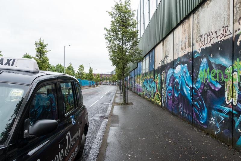 Black cab tour, Belfast