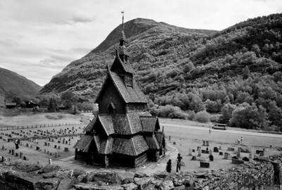 Bogrund stave church