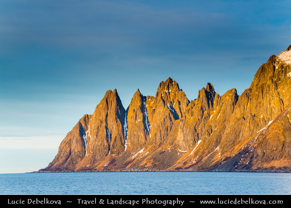 Europe - Scandinavia - Norway - North of the Arctic Circle - Troms county - Senja - Norway's second biggest island - Devil's Jaw - Oskornan mountains taken from the beach of Tungeneset under fresh cover of snow during winter time