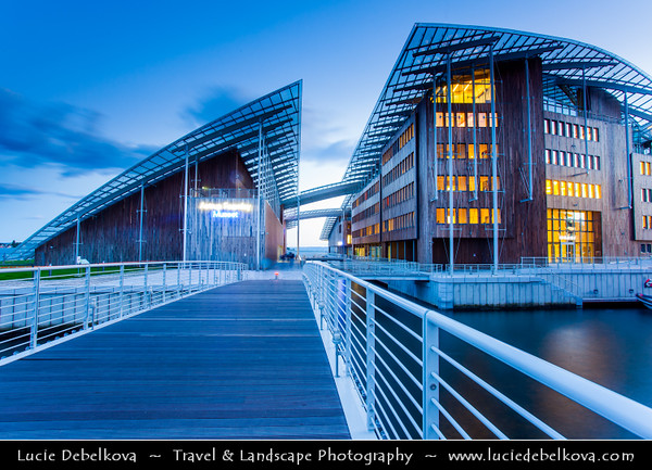Europe - Norway - Oslo - Astrup Fearnley Museum of Modern Art - Privately owned Contemporary Art gallery - Brand new premises at Tjuvholmen, new cultural quarter designed by architect Renzo Piano
