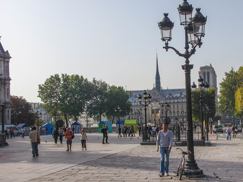 Walking toward the Seine and Notre Dame.