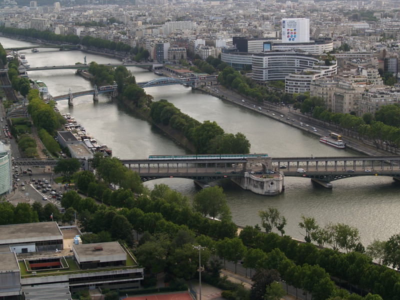 Seine river view; the tall white building on the right is the HQ of Radio France Internationale.
