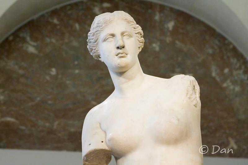 Louvre - Venus De Milo