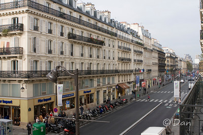 view of rue de rivoli