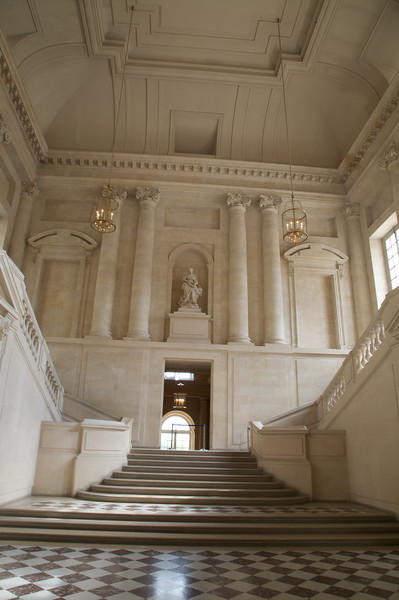 Entrance hall of Chateau de Versailles