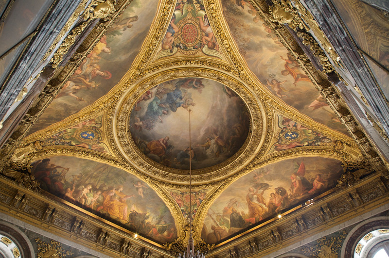 Ceiling decorations - Chateau de Versailles