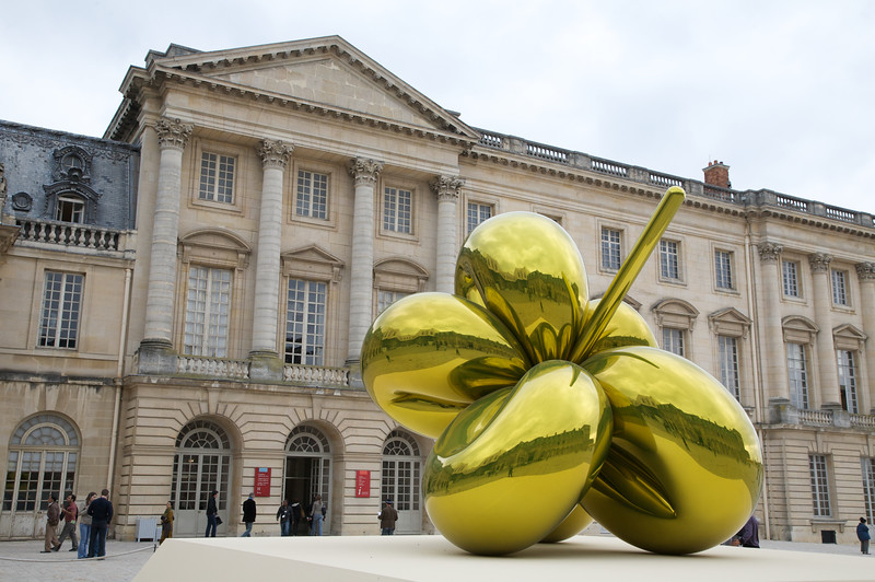 Modern Art in the court yard - Chateau de Versailles