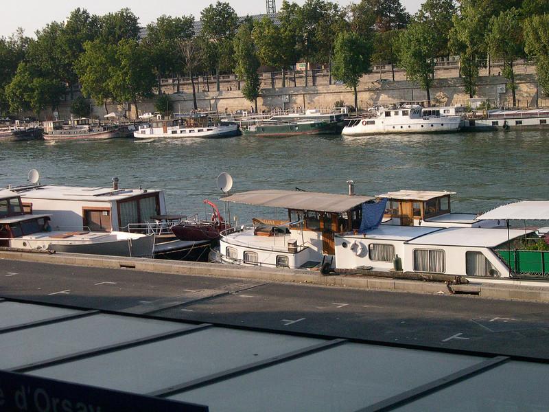 08-09 Paris-16