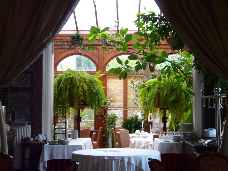 romantic-poland-amber-palace-orangery