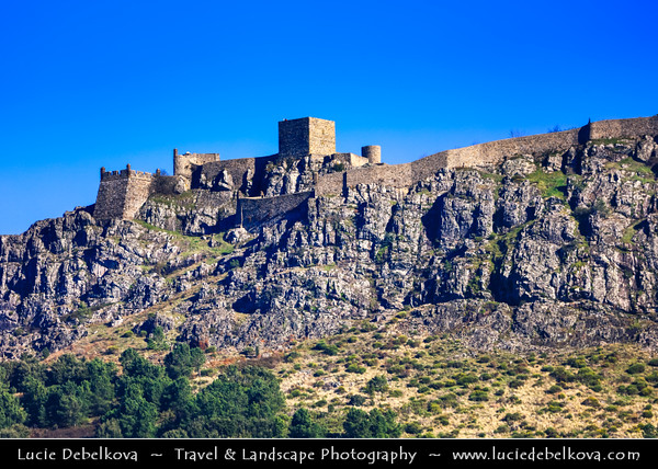 Europe - Portugal - Alentejo Region - Marvão - Ancient fortified walled town with castle perched on granite crag of Serra de São Mamede