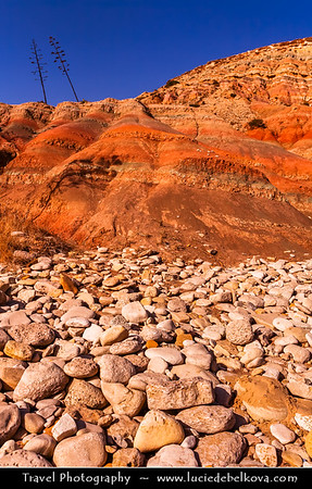 Europe - Portugal - Algarve Region - Praia da Luz - Luz Beach - Atlantic south coast beach with high cliffs and eroded rock formations with sedimentary layers