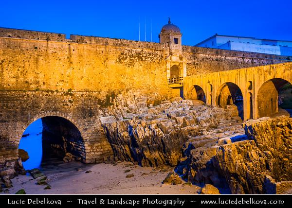 Europe - Portugal - Região Centro - Central Region - Peniche - Traditional Fishing Town - Forte de Peniche