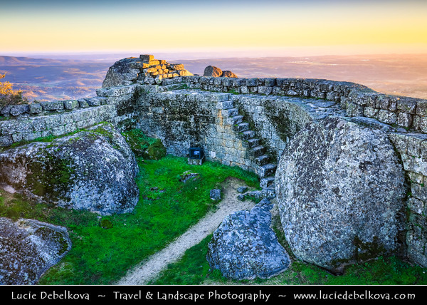 Europe - Portugal - Região Centro - Central Region - Monsanto - Castelo de Monsanto - Medieval castle above Stunning Medieval Mountaintop Portuguese village build in and around gigantic 200-tonne boulders