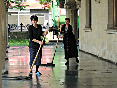 Cleaners at Stalin Museum