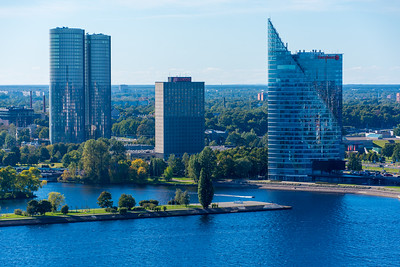 Z Towers (left) and Swedbank (right) across the river from Old Town