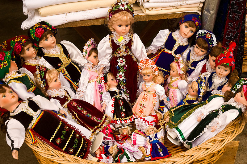 And dolls in folkloric costumes