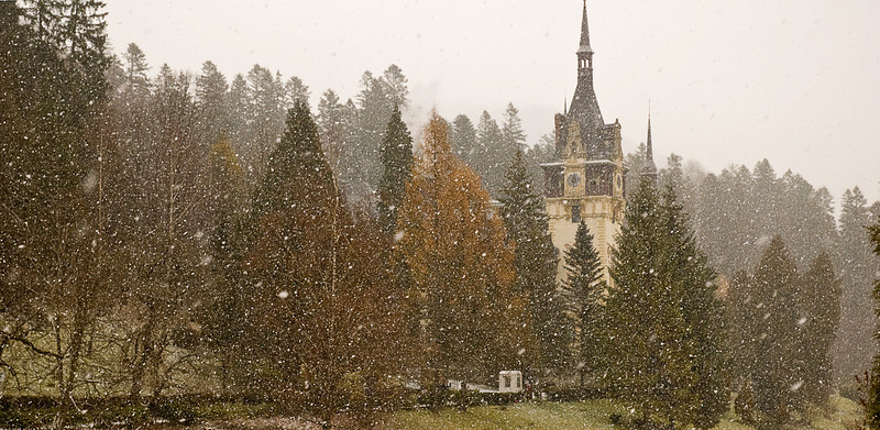 Peleş Castle in the snow. The foundation was laid in 1875. With its own powerhouse, it was the first electrified castle in Europe.
