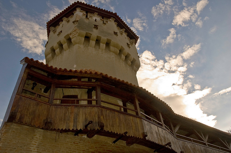 Much larger and more modern than Sigishoara, Sibiu has nonetheless retained and restored its medieval walls and fortified galleries.