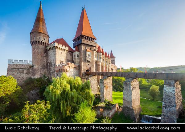 Europe - Romania - Hunedoara - Corvin Castle - Hunyadi Castle - Hunedoara Castle - Castelul Huniazilor - Castelul Corvinilor - Gothic-Renaissance castle & one of the largest castles in Europe - One of top of seven wonders of Romania