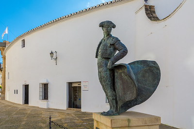 Statue to commemorate the bullfighters