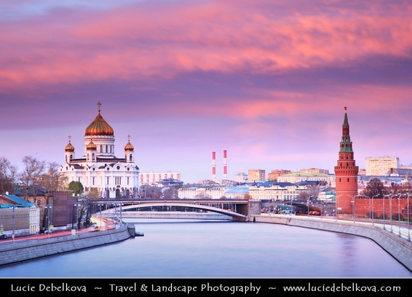Europe - Russia - Россия - Rossiya - Moscow - Москва - Moskva - UNESCO World Heritage Site - Historical area around Kremlin - Cathedral of Christ the Saviour - Храм Христа Спасителя - Khram Khrista Spasitelya - Tallest Orthodox Christian church in the world overlooking Moskva River - Москва река - Moskva Reka