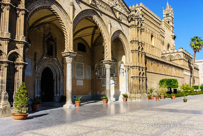 File Ref: 2012-10-19 Palermo NX5 070<br /> The Cathedral of Palermo, Sicily, Italy
