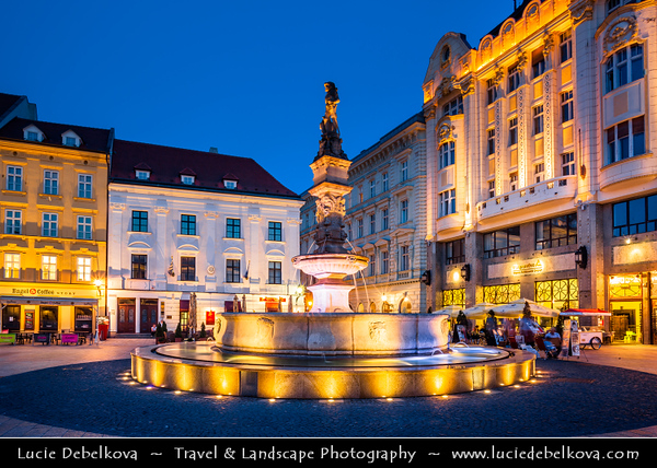 Slovak Republic - Bratislava - Capital City - Hlavné Námestie - Main Square in Bratislava Old Town - One of the best known squares in the city with Old Town Hall and Roland Fountain