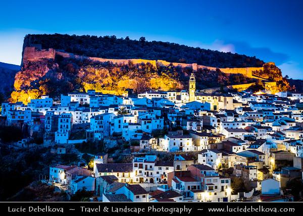 Europe - Spain - España - Valencia Province - Chulilla - Beautiful historical village with city walls over limestone gorge