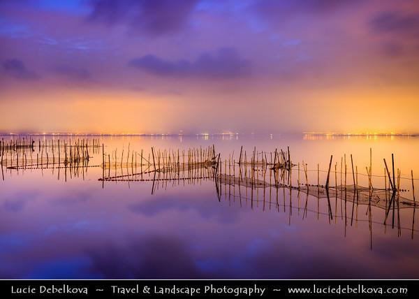 Europe - Spain - España - Valencia Province - Valencia's Albufera Natural Park - L'Albufera lake with fishing nets