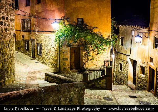 Europe - Spain - España - Aragon - Teruel Province - Albarracín - Monumento Nacional - Picturesque historcial town surrounded by stony hills with Castle, Cathedral, Church of Santiago and iconic city walls