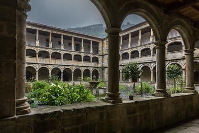 Cloister, Valdedios Monastery